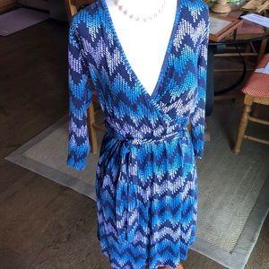 V-Neck rayon dress